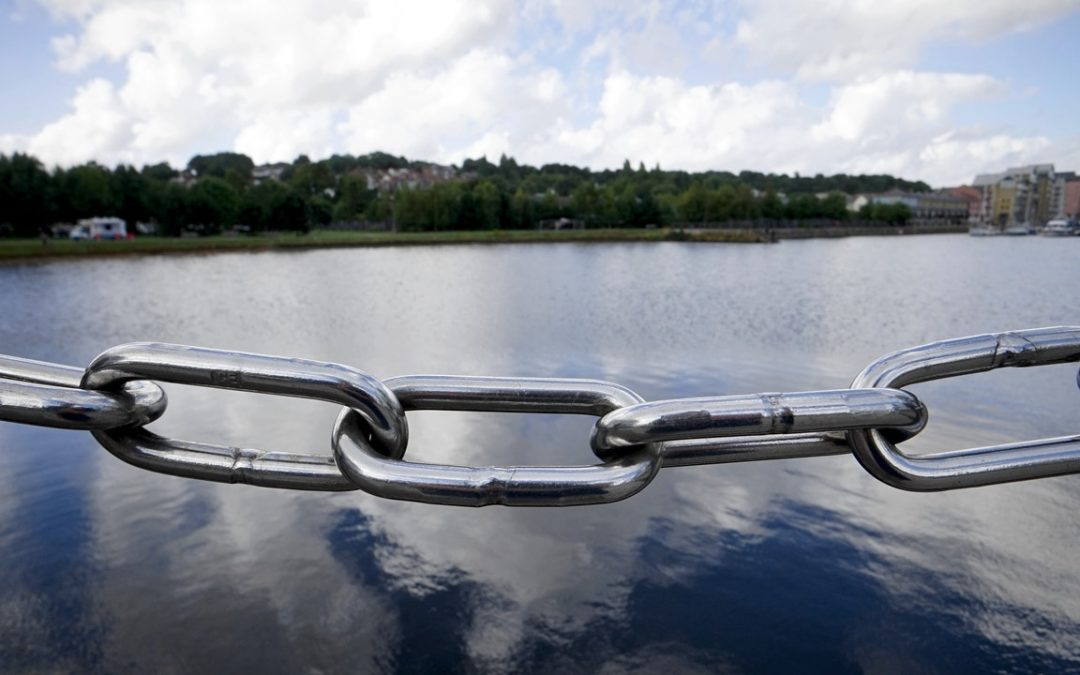 chain across a lake background
